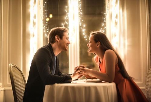 Kata Ramalan, 3 Zodiak Ini Akan Beruntung di Hari Valentine