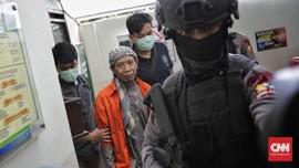 Aparat Bersenjata Bersiaga di Arena Sidang Aman Abdurrahman