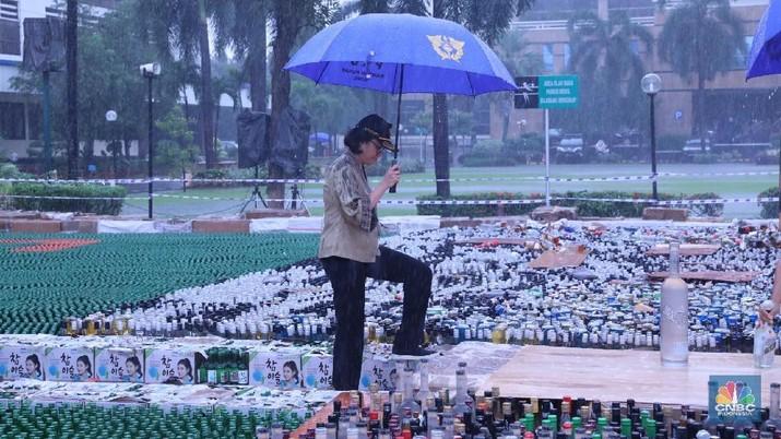 Peredaran rokok ilegal di berbagai wilayah Indonesia masih cukup besar.