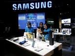 Pengguna Samsung Mengeluh, Muncul Iklan di Smartphone