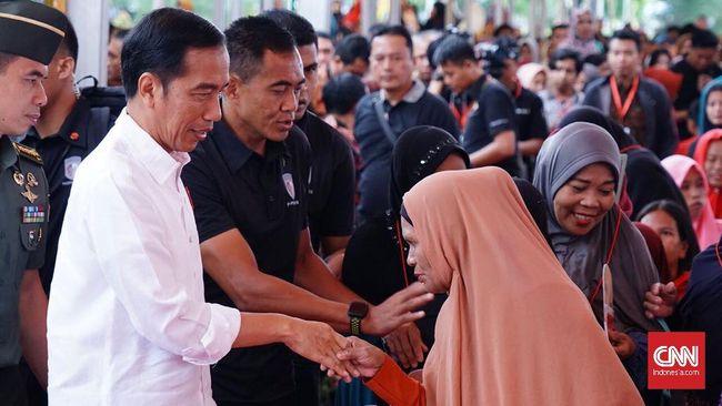 Jokowi Salat Iduladha di Lapangan Tegar Beriman Bogor
