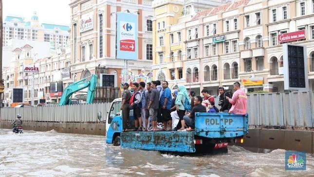 Apa Salah Jakarta Sampai Ibu Kota Harus Pindah Segala?