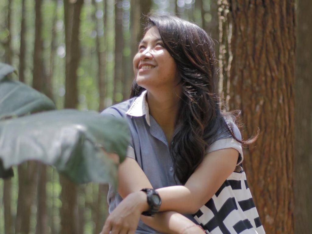 Foto: Pesona Dellie Threesyadinda, Altlet Pemanah yang Berparas Cantik