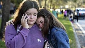 FOTO: Duka Luka Penembakan Sekolah di Florida