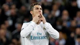 Ronaldo Sudah Lakukan Penalti 'Tendangan Voli' di Man United