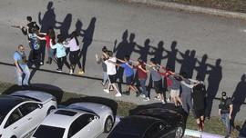 Siswa Bersenjata di AS Tewas usai Menembak Dua Rekannya