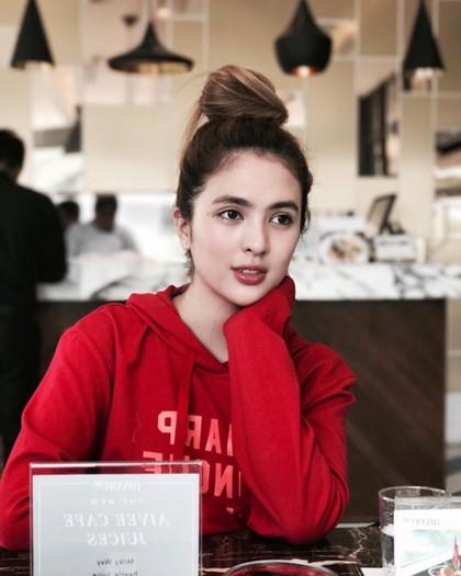 Cantiknya Sofia Andres, Aktris Filipina yang Bikin Heboh karena Pakai Bikini