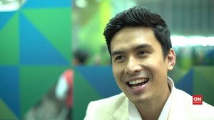 VIDEO: Christian Bautista Terjebak 'The Way You Look at Me'