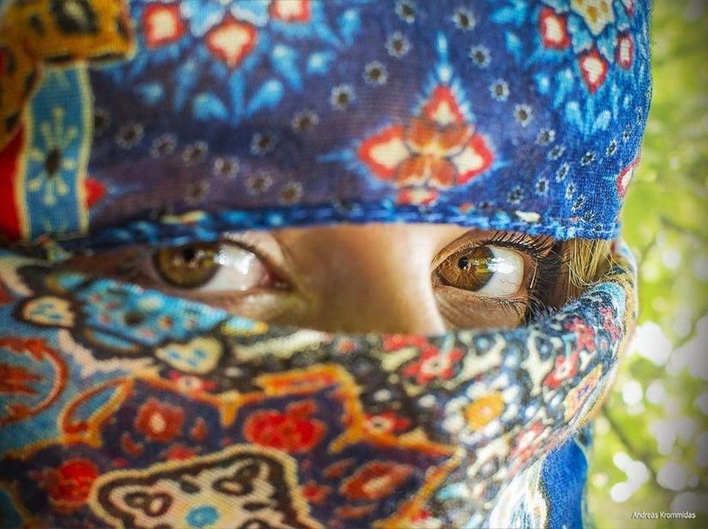 Your Eyes karya aKrommidas. Foto: Viewbug