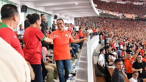 Video Anies Dicegah Paspampres ke Podium Persija Jadi Cibiran