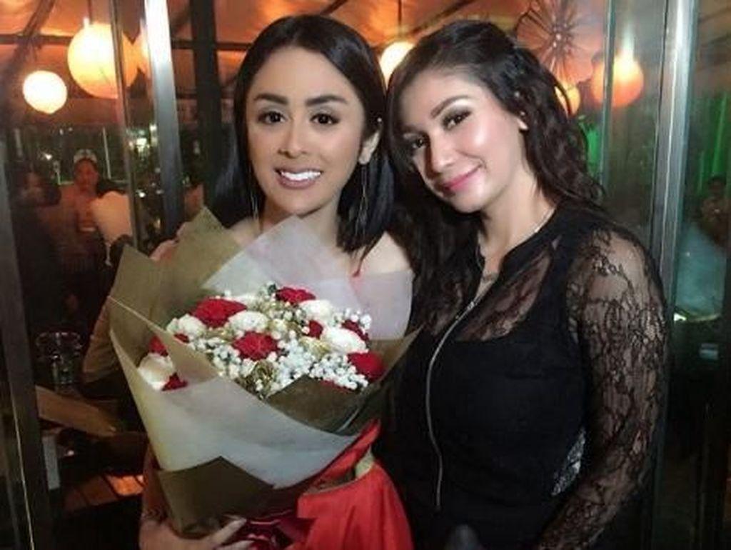 Bridal Shower Selvi Kitty dilaksanakan di sebuah cafe di kawasan Senayan. (Dok. Instagram/babymargaretha1)