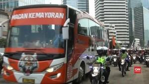 VIDEO: Ribuan Jakmania Warnai Pawai Juara Persija Jakarta