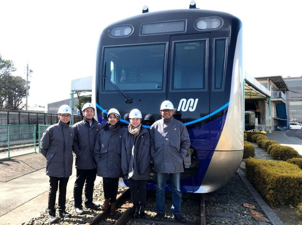 Foto: Siap Dikirim dari Jepang, Begini Penampakan Kereta MRT Jakarta