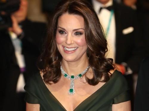 Tak Pakai Gaun Hitam di BAFTA, Kate Middleton Picu Kontroversi