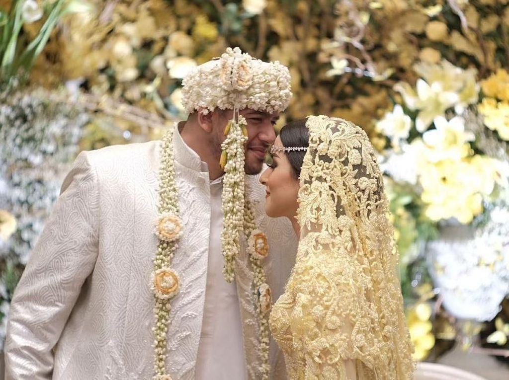 Foto: Secantik Barbie, Gaya Mewah Selebgram Tasya Farasya di Hari Pernikahan
