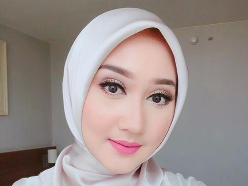 5 Tips Gaya Hijab untuk Pipi Chubby 1