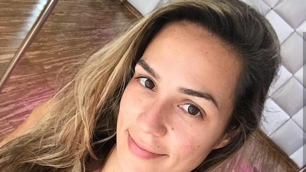 Potret Kekar Tubuh Rafaela, Wanita Cantik Juara Olahraga Pole Dance