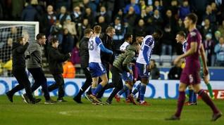 Aguero Pukul Suporter Wigan Usai Manchester City Kalah