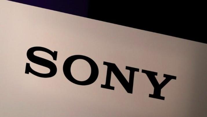 Sony akhirnya mengungkap peluncuran konsol PlayStation 5 ke publik. Konsol penerus PlayStation 4 ini akan dirilis akhir tahun 2020 di musim liburan.