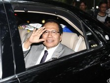 RI Tukang Ngutang & Cuitan Si Rajawali Ngepret Rizal Ramli