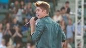 Tren Celana Melorot Seperti Dipakai Justin Bieber akan Dilarang di Daerah Ini
