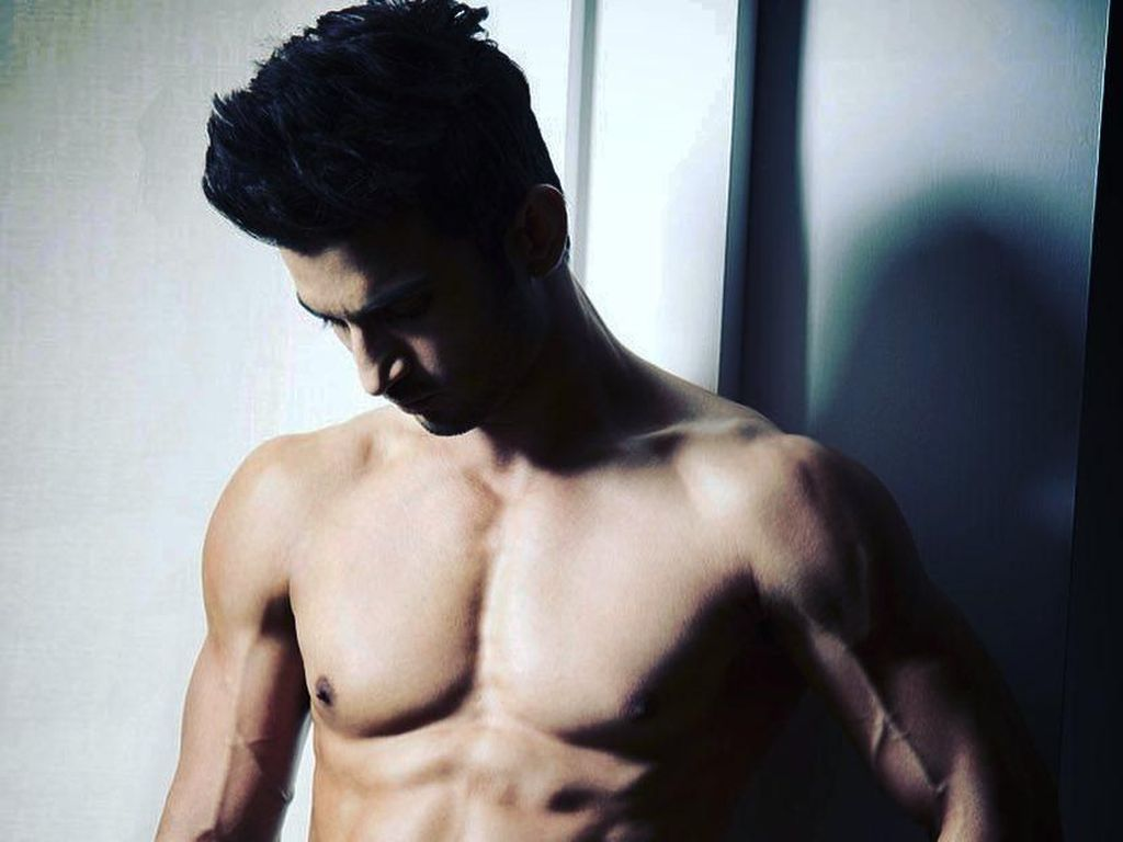 Sushant Rajput, Aktor Bertubuh Kekar yang Pernah Pose Bareng Kendall Jenner