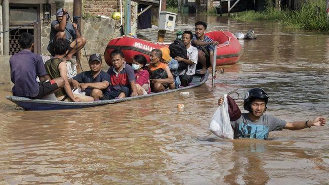 Banjir Rendam 8 Kecamatan di Bandung, 37 Ribu Warga Terdampak