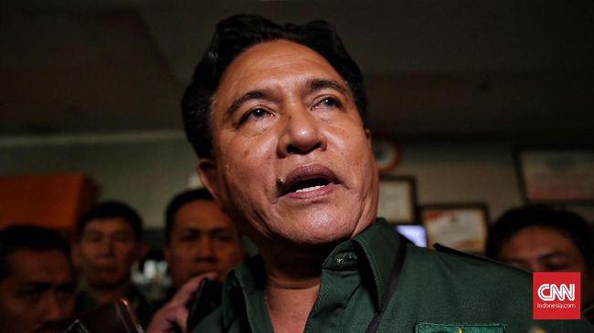 Yusril Sebut Rezim Jokowi Tunduk pada China soal TKA