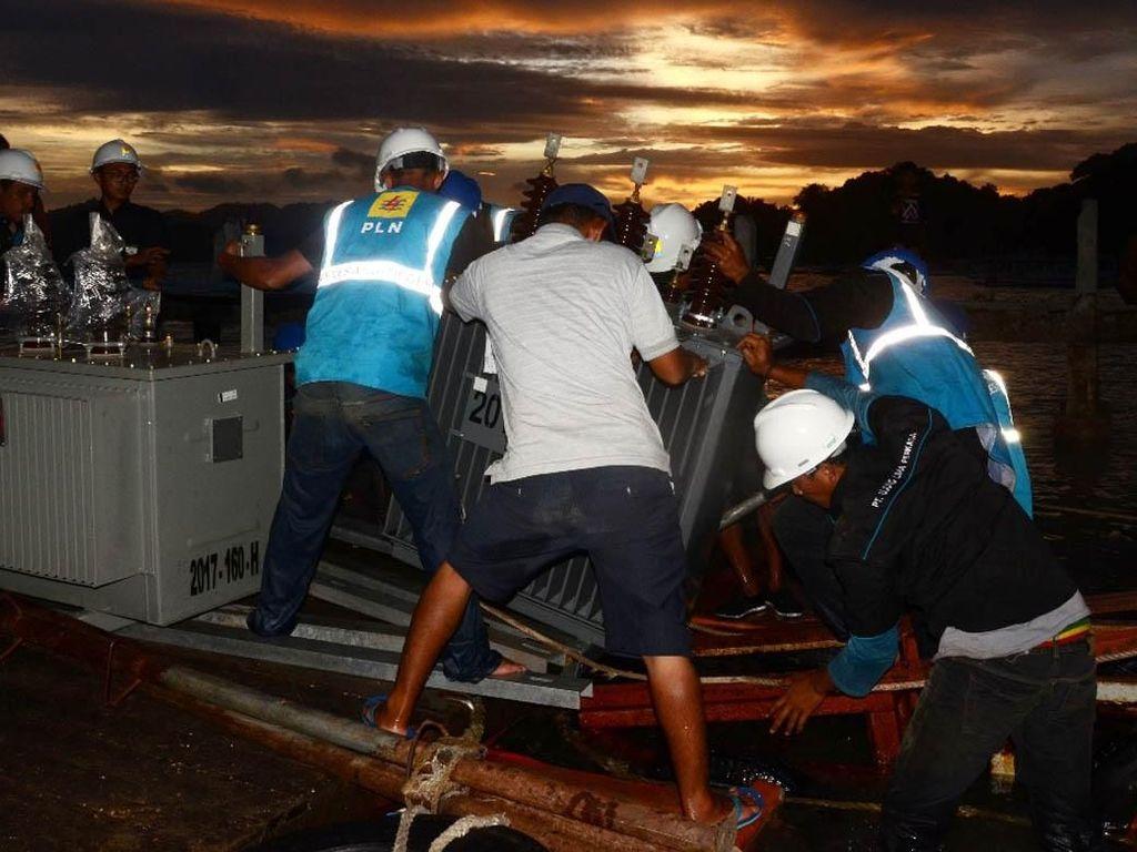 Perjuangan PLN Bangun Kabel Bawah Laut Untuk Terangi NTB