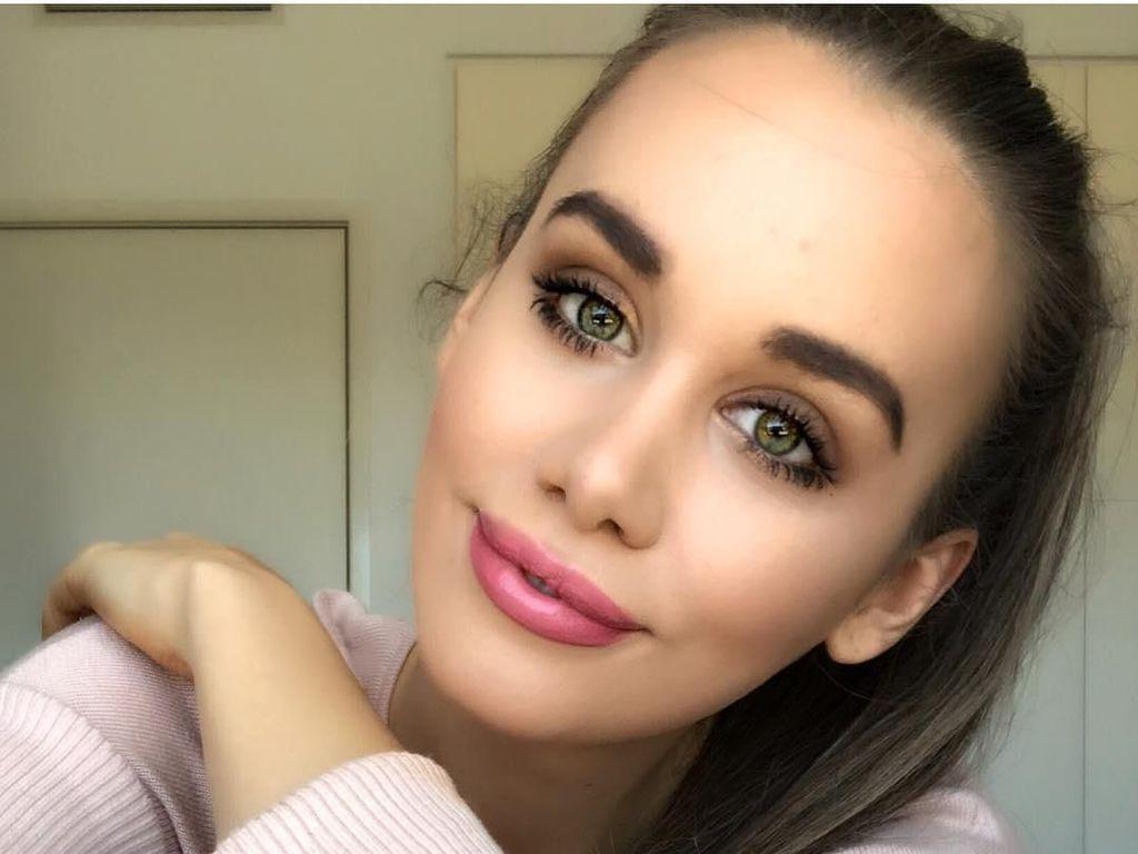 15 Pesona Ratu Kecantikan Australia yang Dibully karena Agama