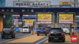 Ganjil-Genap Berlaku, Tol Cikampek Arah Jakarta Tetap Macet