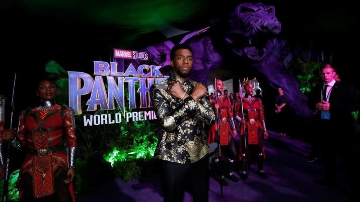 Film Black Panther semakin mengukuhkan posisinya sebagai film terlaris di dunia dengan penjualan tiket yang menembus angka US$ 1 miliar pada pekan ini