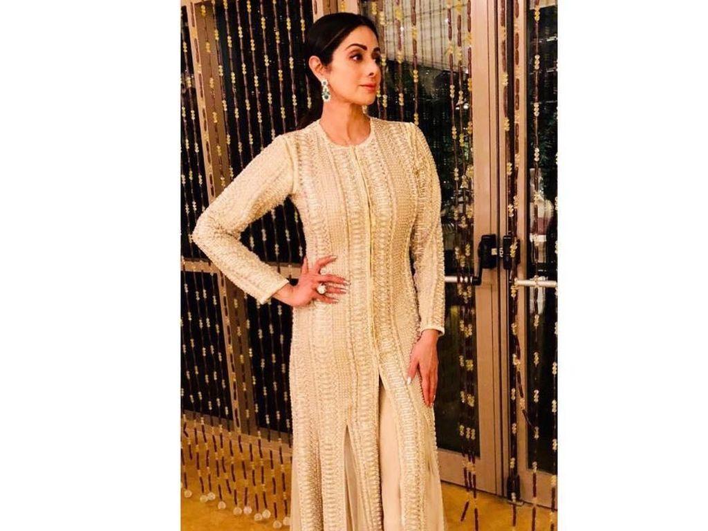 Aktris Bollywood Sridevi Meninggal di Usia 54 Karena Serangan Jantung, Rentankah?