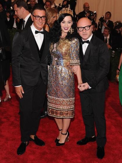 Desainer Dolce & Gabbana Sebut Selena Gomez Jelek, Fans Balas Bully