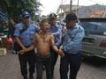 Bawa Pisau, Pria Diduga Gila Ditangkap di Rawamangun