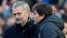Mourinho Senang Bisa Jabat Tangan Conte