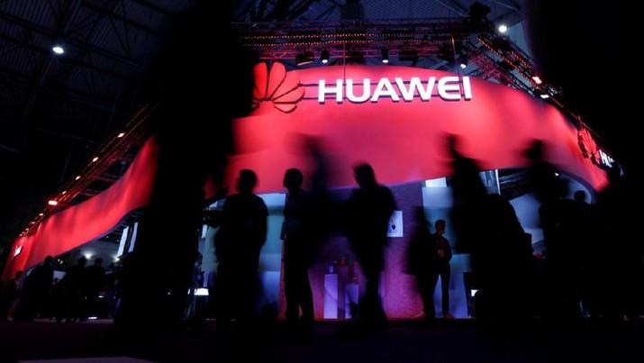 AS Blacklist Huawei, China Sindir Sikap Trump
