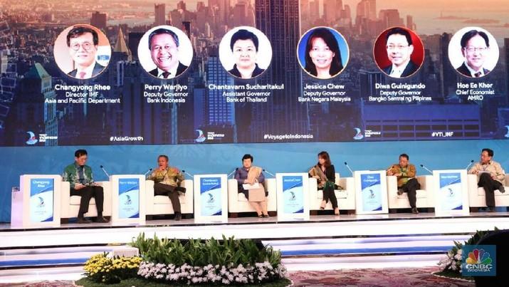 Lanskap perbankan Indonesia berpeluang untuk berubah jauh lebih drastis lagi menyusul perkembangan digitalisasi perbankan.