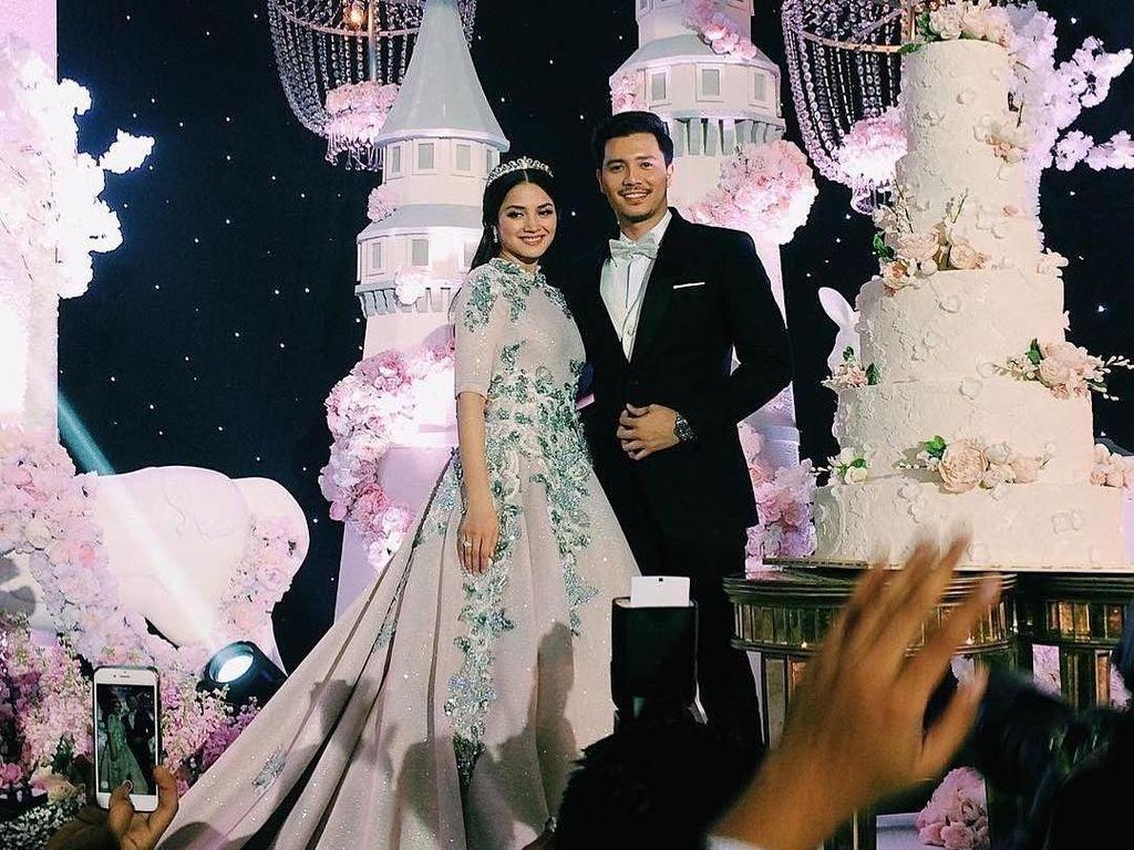 Seperti Cinderella, Megahnya Pernikahan Fazura Si Pemain Ayat-Ayat Cinta 2