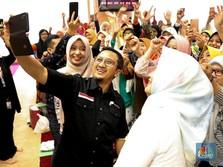 Ratusan Orang Ikuti Yusuf Mansur Buka Rekening Bank Muamalat
