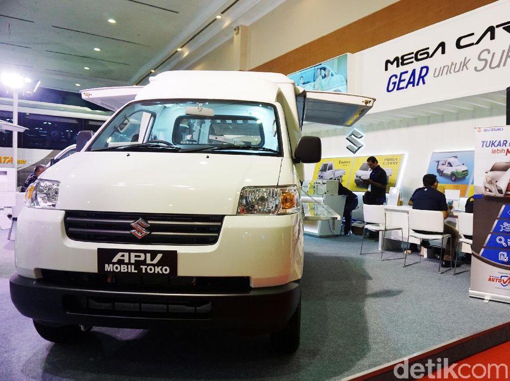 Suzuki Carry melengkapi posisi ke-10 dengan angka penjualan 3.318 unit pada bulan Februari 2018. Foto: Rachman Haryanto