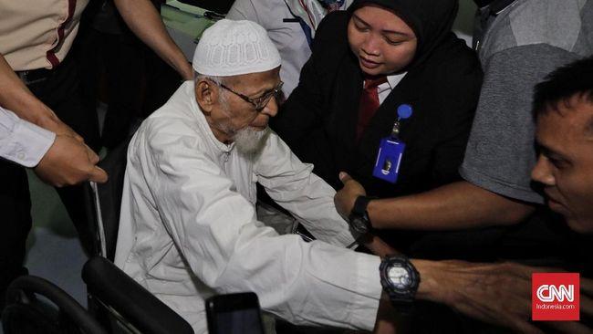 Bebaskan Abu Bakar Ba'asyir, Jokowi Pertimbangkan Kemanusiaan
