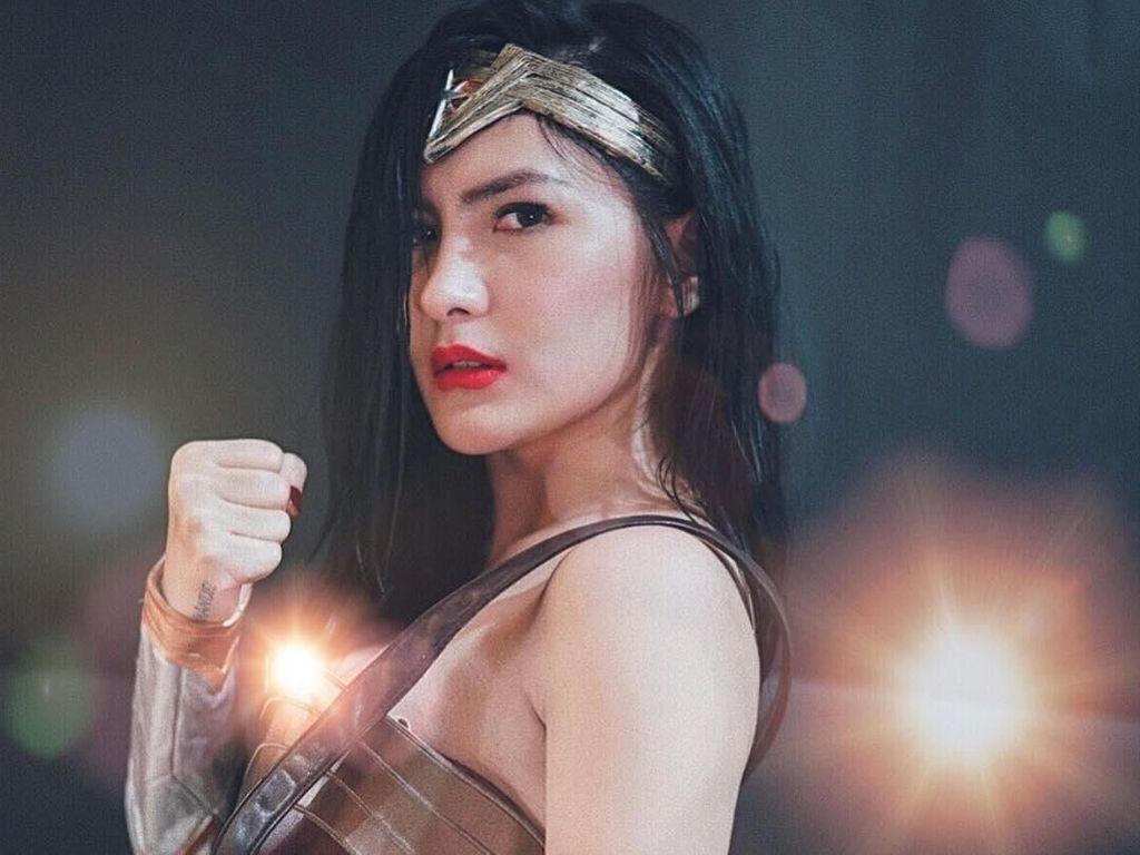 10 Gaya Mewah Angela Lee, Selebgram yang Ditangkap karena Menipu Rp 12,1 M
