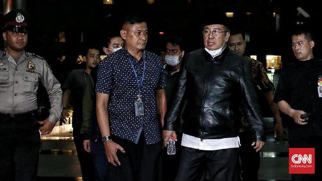 Tiba di KPK, Calon Gubernur Sultra Asrun Bungkam