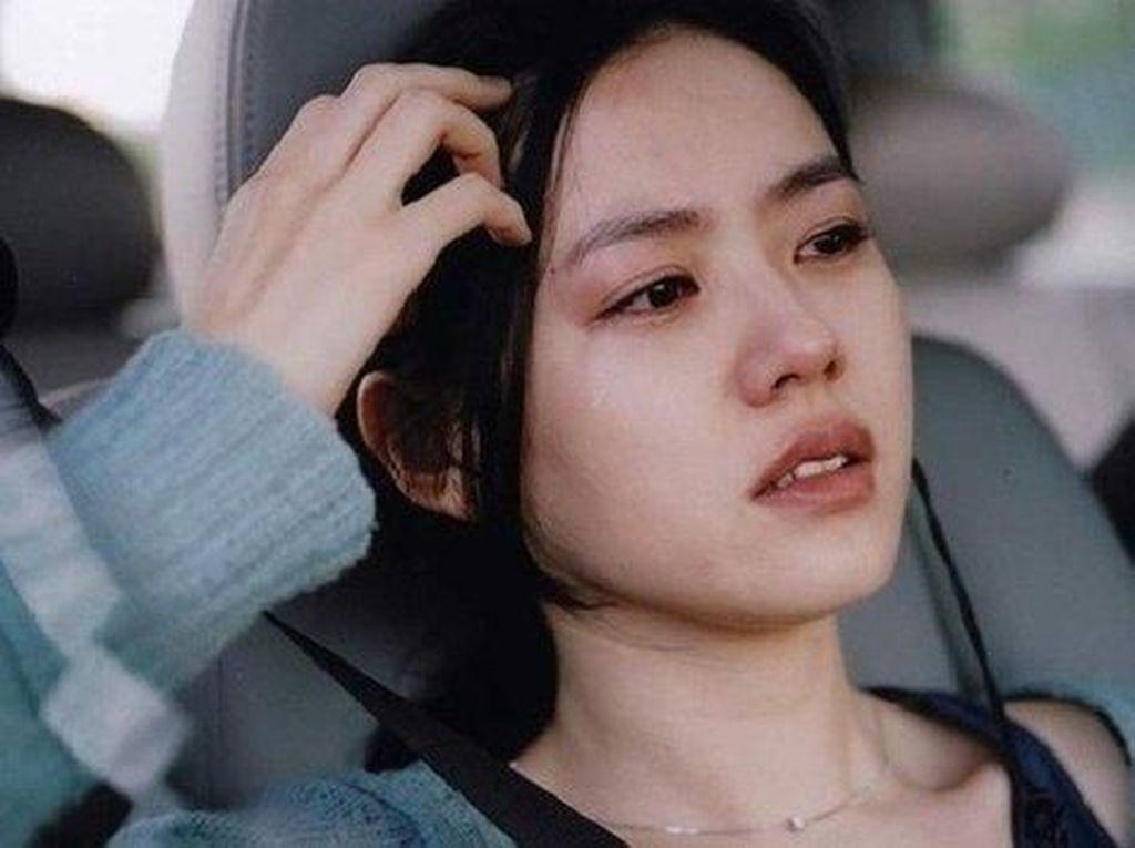 Lagi Nangis, 10 Aktris Drama Korea Ini Cantiknya Nggak Luntur