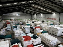 Ngamuk Lagi, Gempuran Tekstil Impor China Acak-Acak Pasar