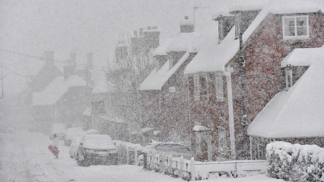 Badai Salju di AS, Ribuan Penerbangan Dibatalkan