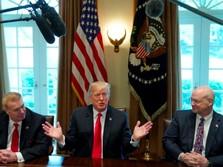 65% Warga AS: Trump Lambat Kendalikan Corona