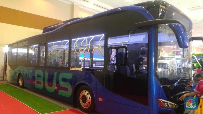 Bus Listrik Diuji Coba di Bandara Soekarno-Hatta