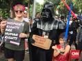 Di Jalanan Jakarta 'Darth Vader' Melawan Penindasan Perempuan